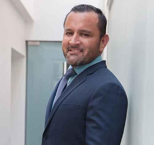 Dr. Servando Soto Quiñonez